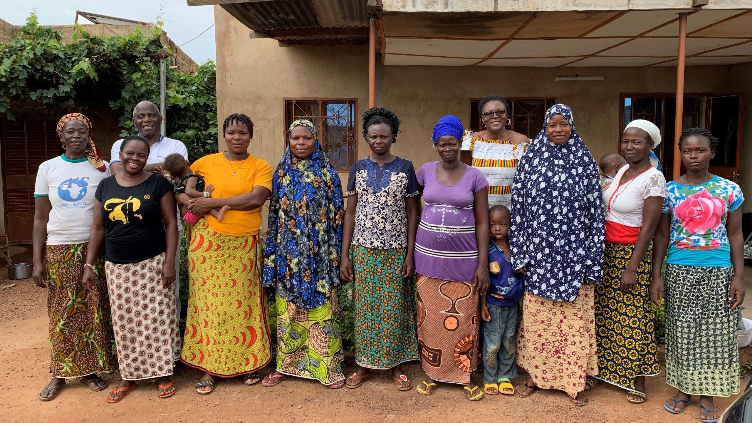 Femmes membres de l'association Wontar